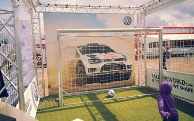 La bâche imaginée pour un événement Volkswagen
