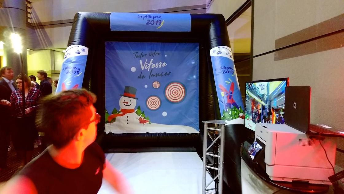 Animation hiver Noël Lancer Boule de neige Radar Photo